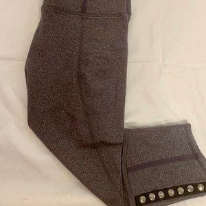 LULULEMON Gray Capri Leggings with Buttons Size 10
